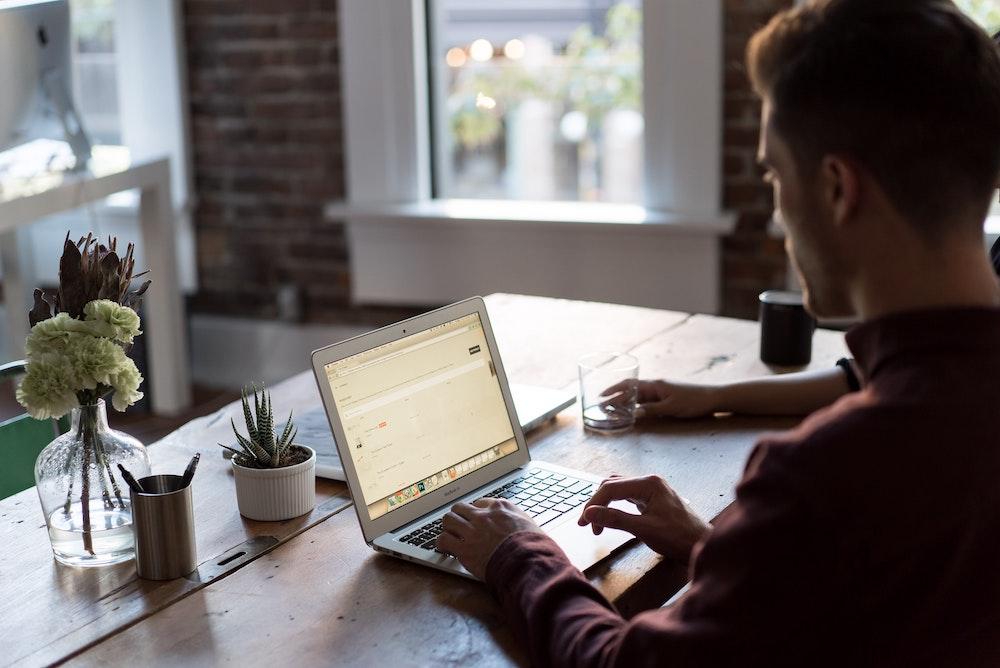 13 tipů pro efektivní home office – holistický přístup (1. část)